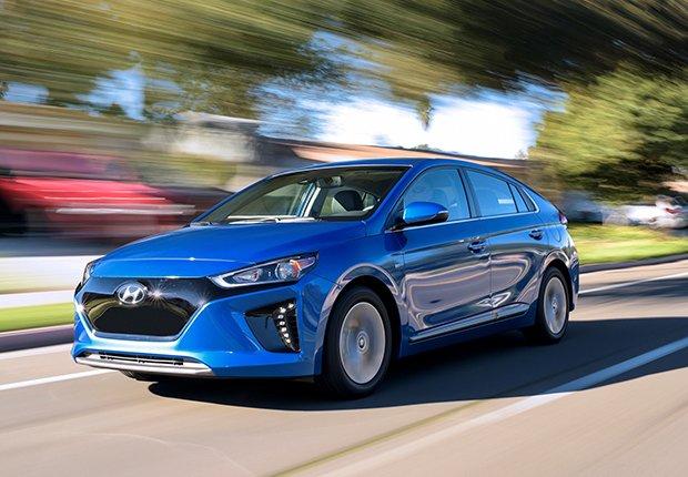 2017 Hyundai Ioniq EV - Los mejores autos para viajar en la carretera