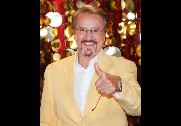 Carlos Villagran, Cumpleaños en enero