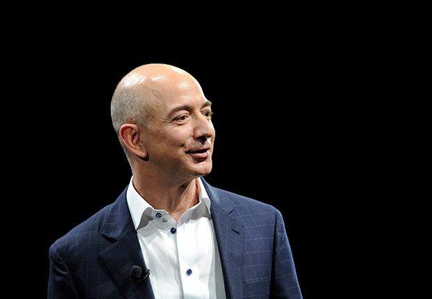 Jeff Bezos, Cumpleaños en enero