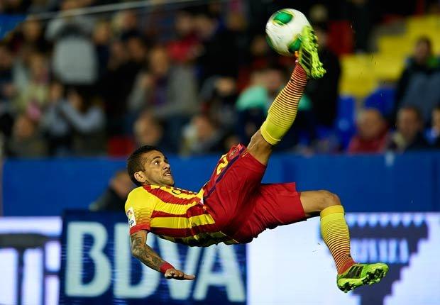 Daniel Alves - El equipo de ensueño de fútbol