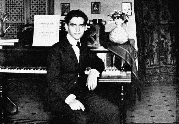 Foto del dramaturo español Federico García Lorca a los 20 años, 1919