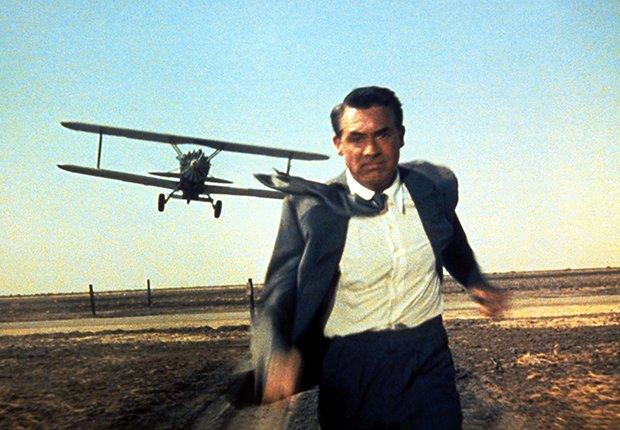 Cary Grant en una escena de la película North by Northwest, 1959