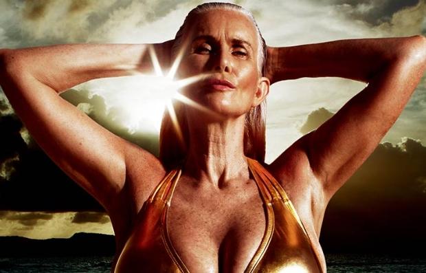 Foto de Nicola Griffin en bikini a los 56 años para Sport Illustrated -  Nuestra heroína