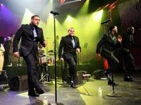 Grupo Musical Grupo Niche toca en la fiesta después de la 12ª Entrega Anual del Latin GRAMMY - Recordando a  Jairo Varela