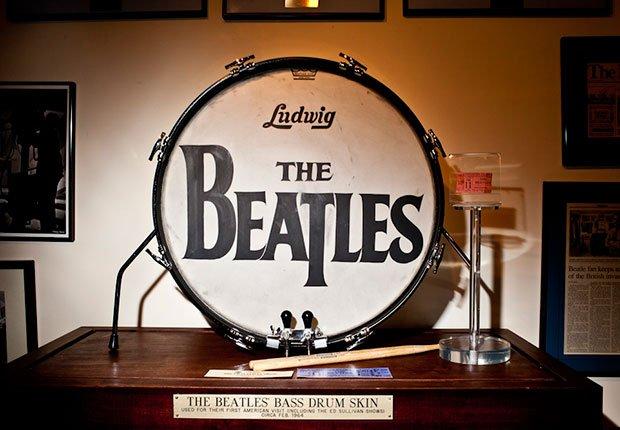 Russ Alquiler y Beatles colección, Beatlemania