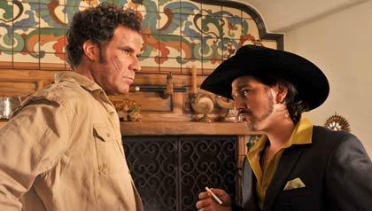 Will Ferrell como Armando Álvarez y Diego Luna como Raúl Álvarez, hermanos en la película la Casa de mi padre.