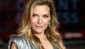 Michelle Pfeiffer: 'I Don't Need to Look Younger'