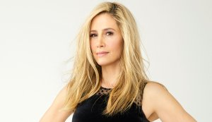 Mira Sorvino Stars in New Movie and TV Show