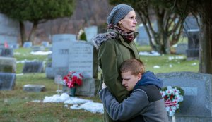 Julia Roberts Triumphs in 'Ben Is Back'