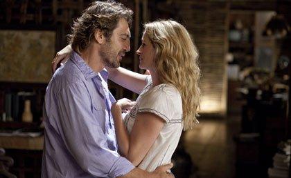 Javier Bardem y Julia Roberts bailando