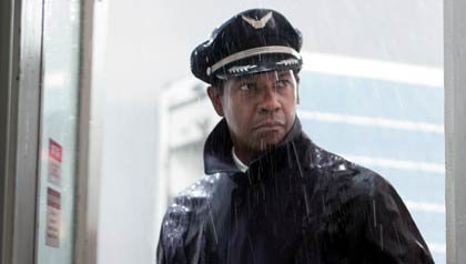 Denzel Washington es Whip Whitaker en la película - Flight