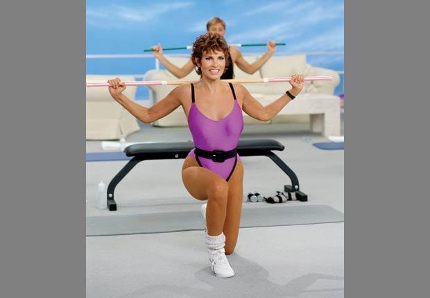 Raquel Welch rodando un video de ejercicios, 1988