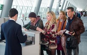 Aaron Paul, Imogen Poots, Toni Collette y Pierce Brosnan protagonizan A Long Way Down - Estas películas son para usted esta temporada