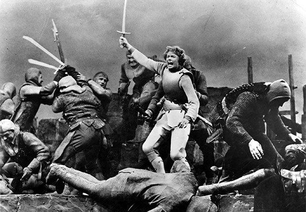 Una escena de Joan of Arc, película con Ingrid Bergman, una actriz de la era dorada de Hollywood a 100 años de su natalicio.