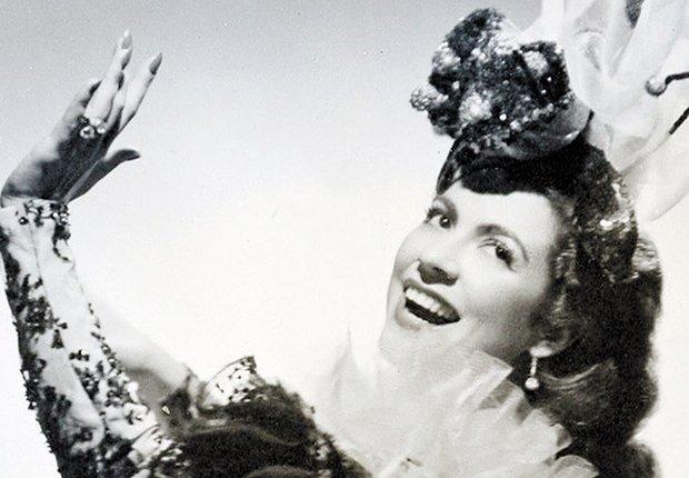 Retrato de María Antonieta Pons - Mujeres ícono del cine mexicano