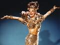 Retrato de Carmen Miranda, diva latina en Hollywood