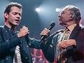 Marc Anthony and Felipe Muniz sing