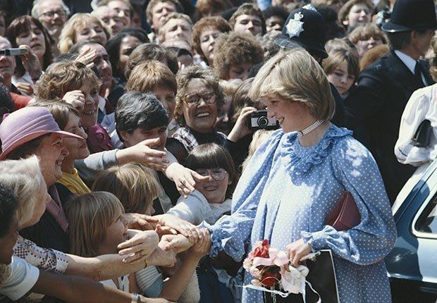 La princesa Diana durante una visita a un centro comunitario en mayo de 1982.