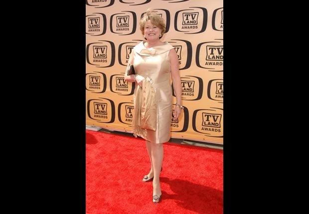 Lauren Tewes cumple 60 años en Octubre. Estrellas que cumplen en Octubre