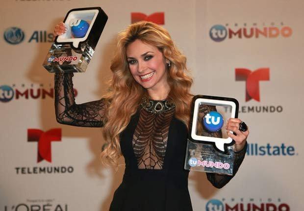 Arancely Arambula - Premios Tu Mundo