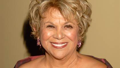 La actriz texana Lupe Ontiveros falleció la tarde del jueves 26 víctima de de cáncer