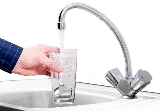 Agua de la llave - Tácticas para bajar de peso rápido