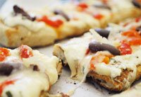 Grilled Pizza with Ricotta, Roasted Peppers, and Olives recipe
