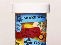 Botella de una prescripción médica - seguir las direcciones de medicamentos recetados a veces no es tan fácil y en ocasiones confunde a las personas mayores