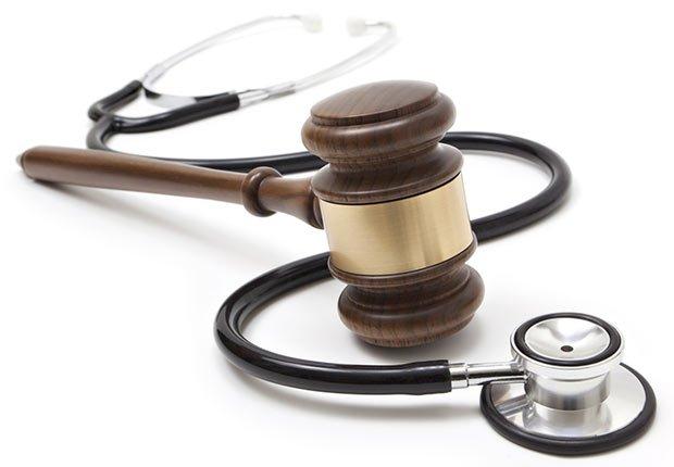 Estetoscopio y martillo, 10 cosas que usted necesita saber sobre la Ley de Cuidado de Salud