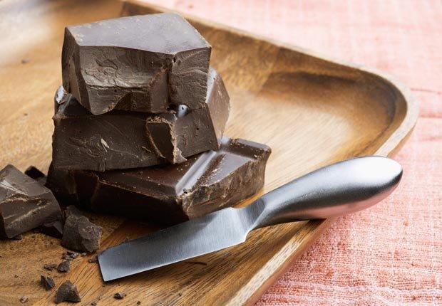 Trozos de Chocolate - Alimentos que ayudan a combatir la depresión