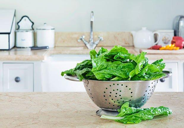 Espinaca - Nutrición para reducir el riesgo de la demencia en la mujer