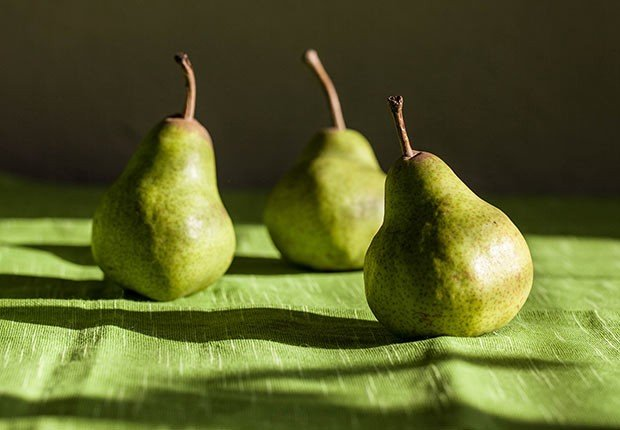 Peras - 9 alimentos que te ayudan a quemar la grasa