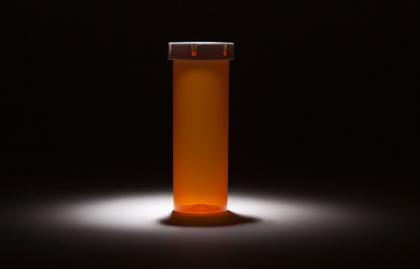 Frasco de medicamento vacio - Cómo hacer frente a la escasez de medicamentos
