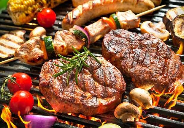 Carnes a la parrilla - Guía para sobrevivir al verano