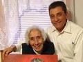Las recompensas de cuidar a una madre - Valentin Varela y su madre Ruby