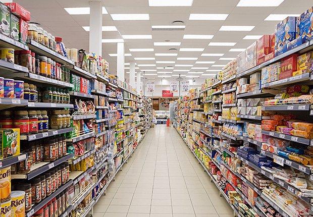 Pasillo de un supermercado, Dónde encontrar los precios más bajos.