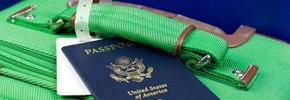 Pasaporte y maleta de viaje - 99 Formas de ahorrar