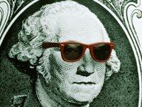George Washington con gafas de sol, Cuestionario sobre ahorros este verano