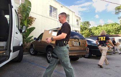 Agentes de lucha contra el fraude a Medicare en Florida