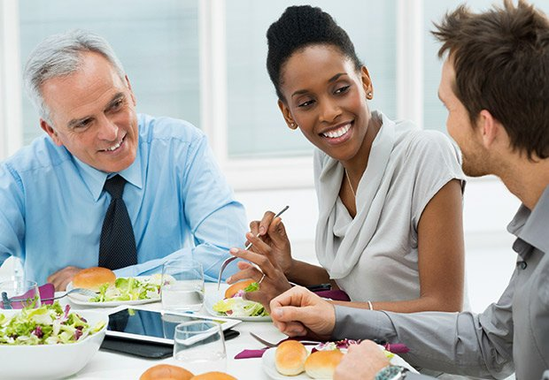 Comida de negocios - Deducción de impuestos, gastos búsqueda de trabajo