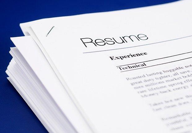 Hoja de vida - Deducción de impuestos, gastos búsqueda de trabajo