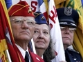 Día de los Veteranos - Saludo de las banderas en Arlington