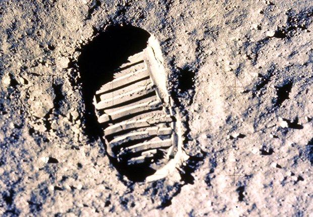 Huella del primer hombre en la luna