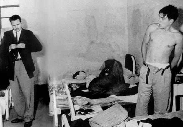 Fidel Castro y Ernesto Che Guevara juntos en una prisión mexicana de 1956.