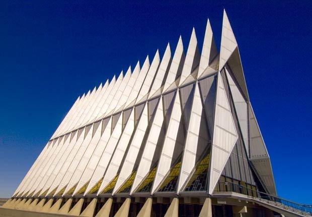 Academia de cadetes de la Fuerza Aérea en Colorado Springs, USA, los edificios más extraños de América
