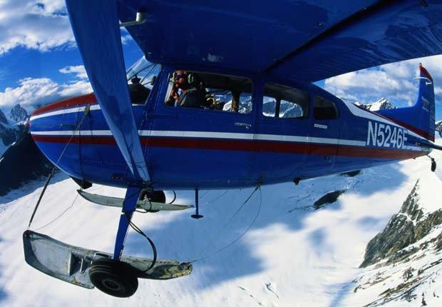 Aeroplano sobre el parque Denali - Experiencias increíbles en los parques nacionales