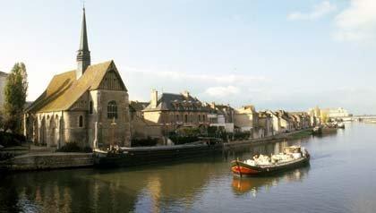 Hotel Barcaza en Borgoña, Francia, descubrir Europa por sus rios - AARP viaje