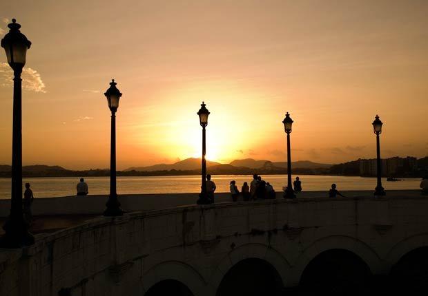 Puesta de sol en el Canal de Panamá, 10 hechos inusuales sobre el Canal de Panamá