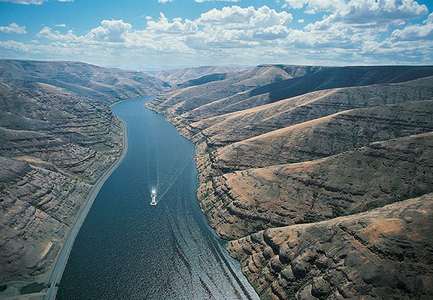 Columbia and Snake Rivers. 5 Great American River Cruises.