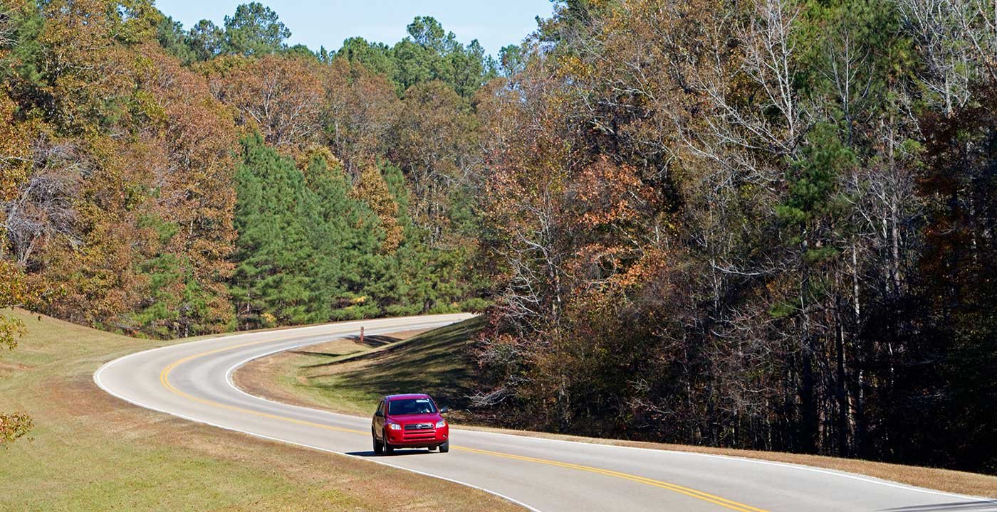 Take a Jaunt on the Natchez Trace Parkway